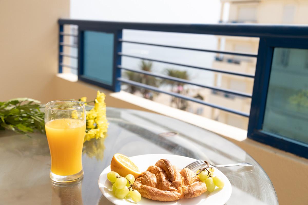 Marbella Banus Apartamento en Venta en Marbella – R3782572