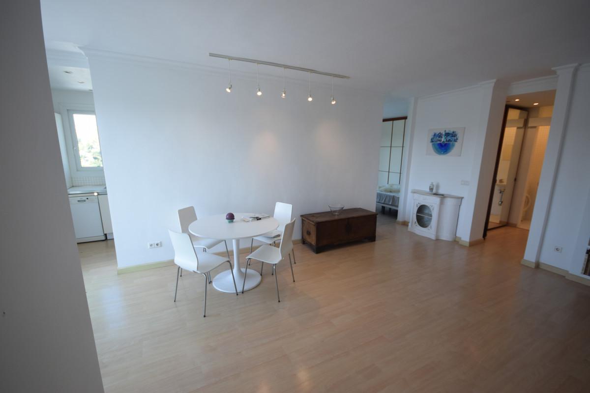 Квартира на продажу в Гуадалмина Альта - R3756556