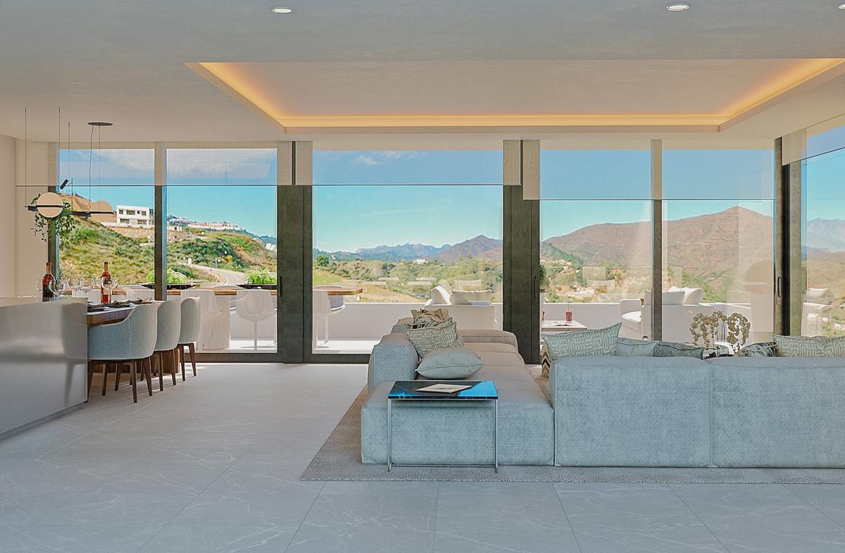 Villa en Venta en Calahonda – R3738130