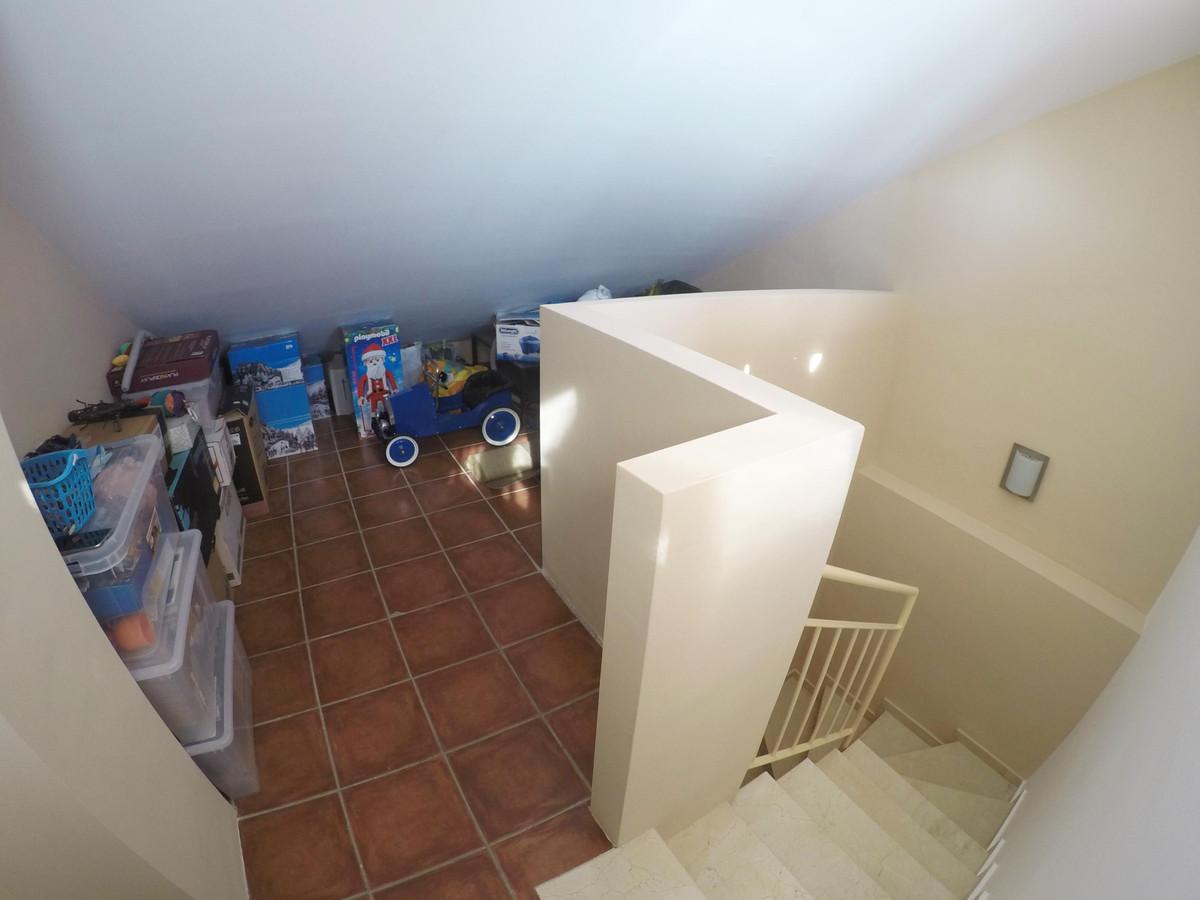 Adosado en Venta en Marbella – R3810238