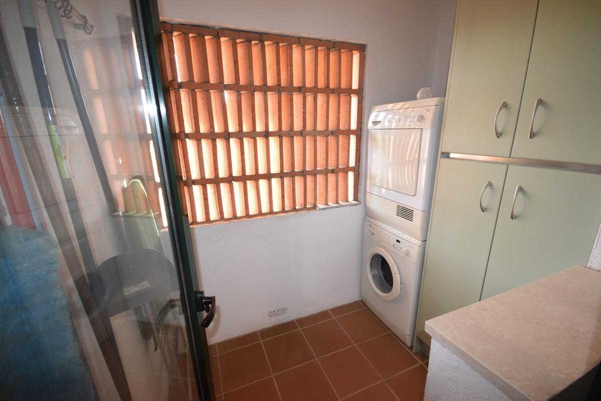 Apartamento en Venta en Guadalmina Alta – R3923512