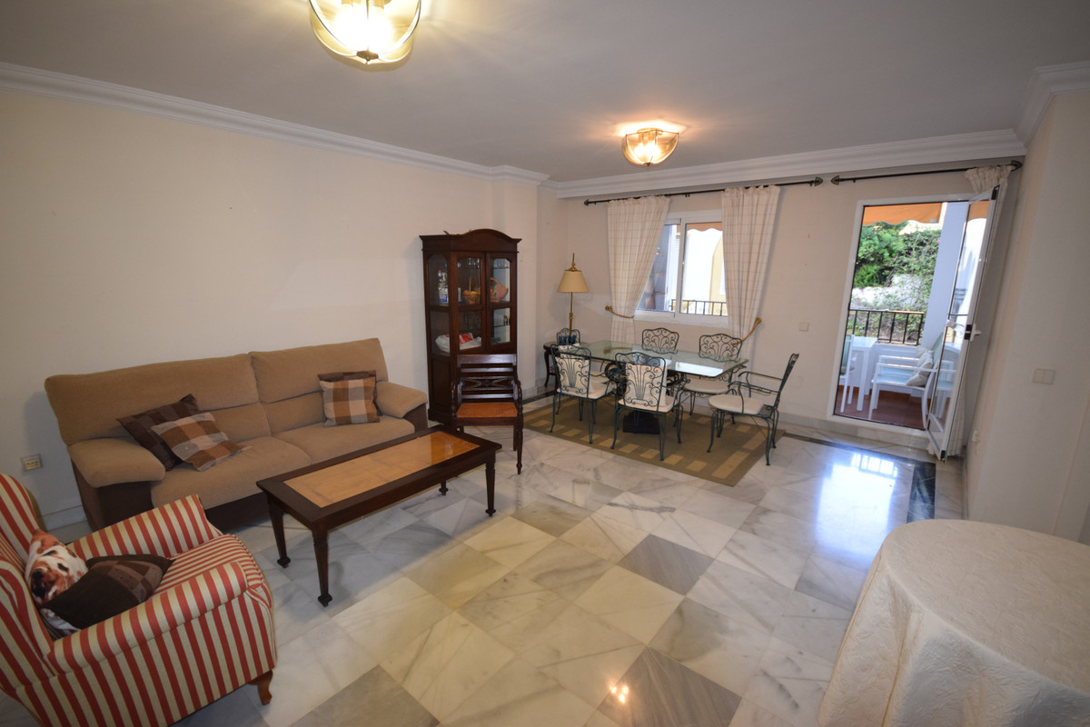 Ground Floor Apartment for Sale in Marbella – R3598373