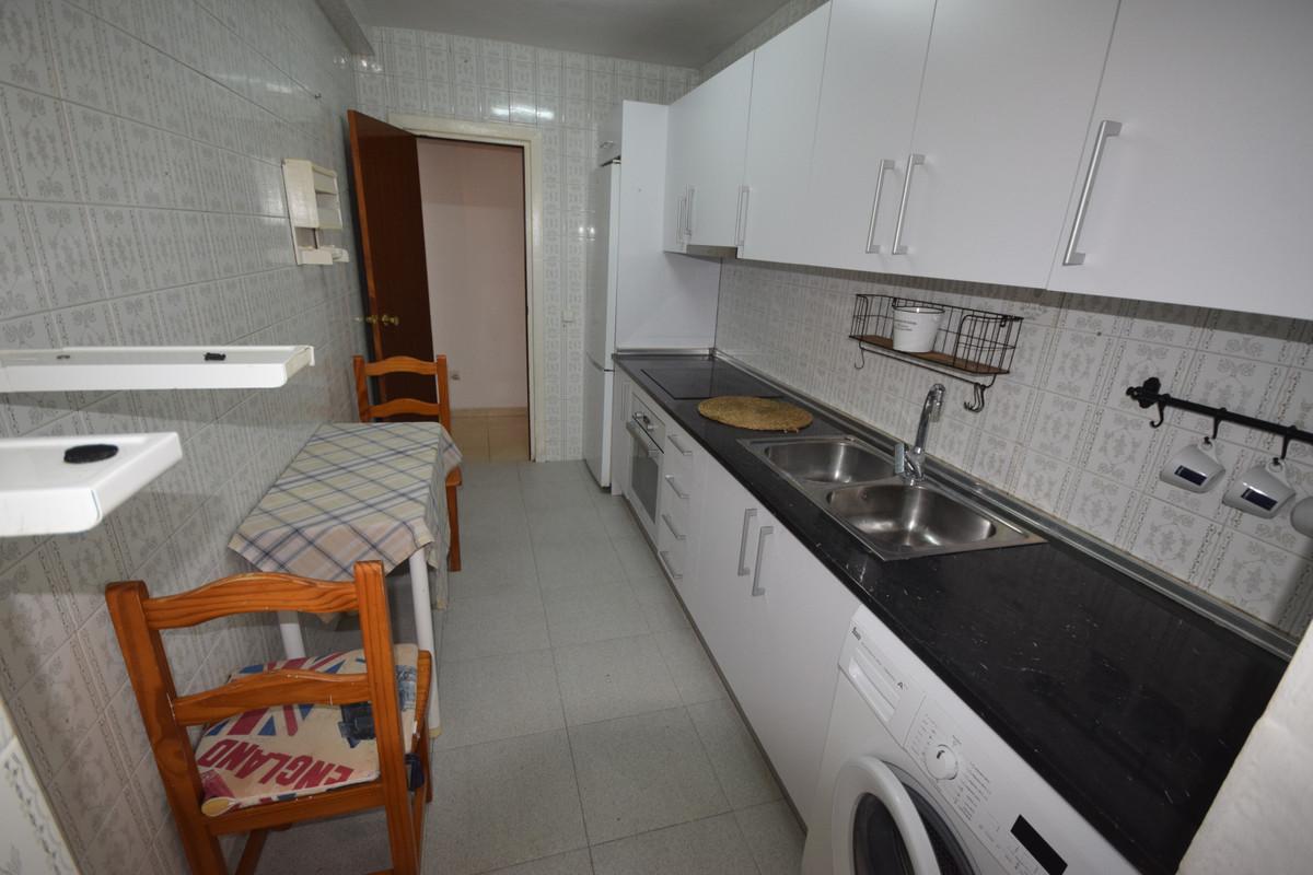 Apartamento en Venta en Marbella – R3890650