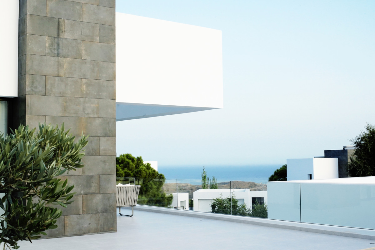 Villa – Chalet en Venta en Benahavís – R3613619