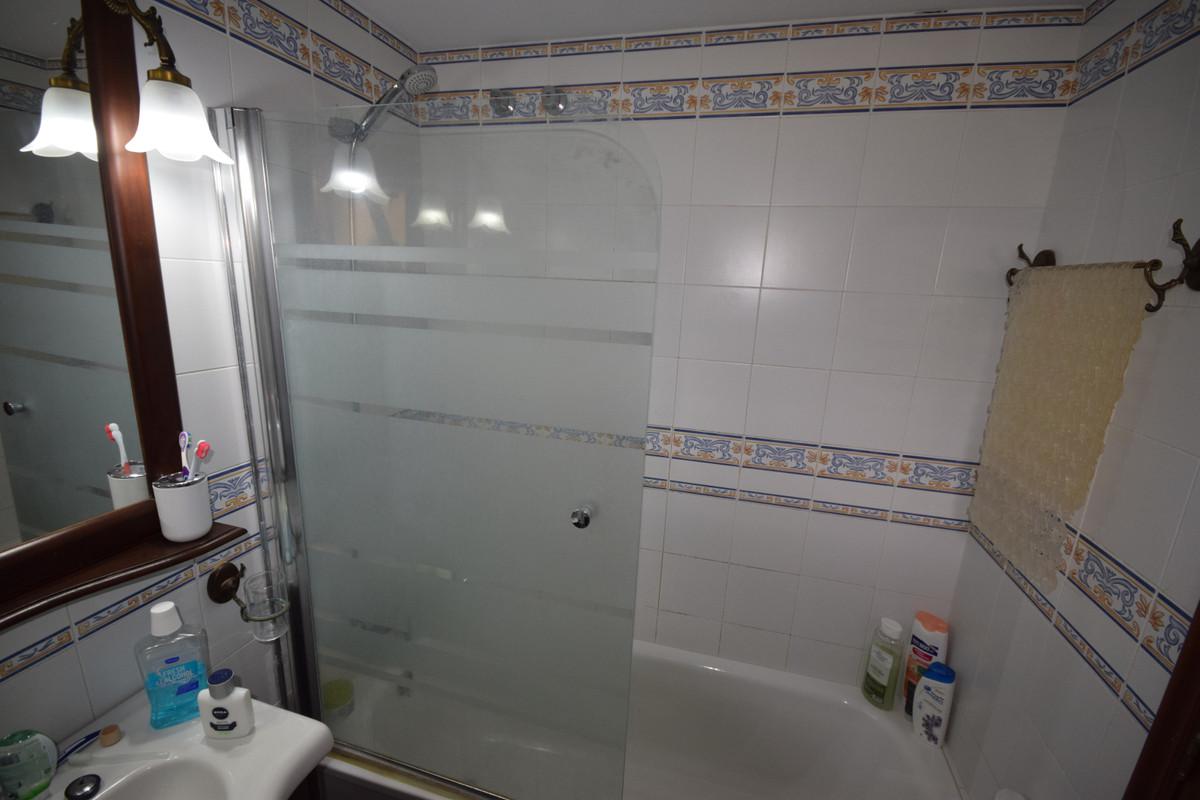 Apartamento en Venta en Marbella – R3842611