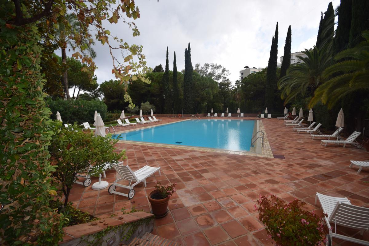 Marbella Banus Apartamento  en Alquiler en Marbella – R3713387