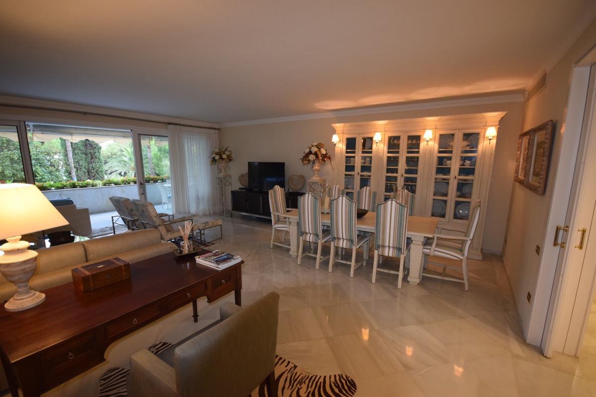 Appartement à louer à Marbella – R3713387