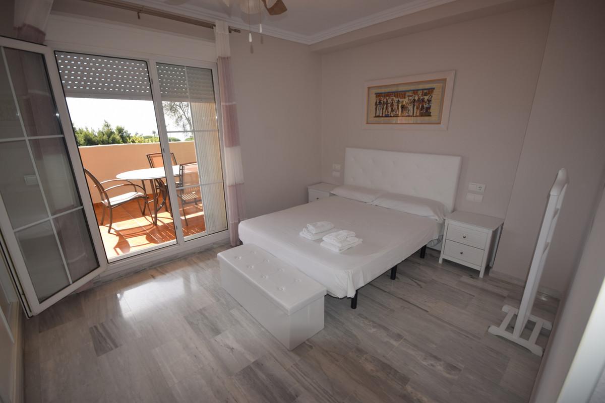 Apartamento en Venta en Cabopino – R3737182