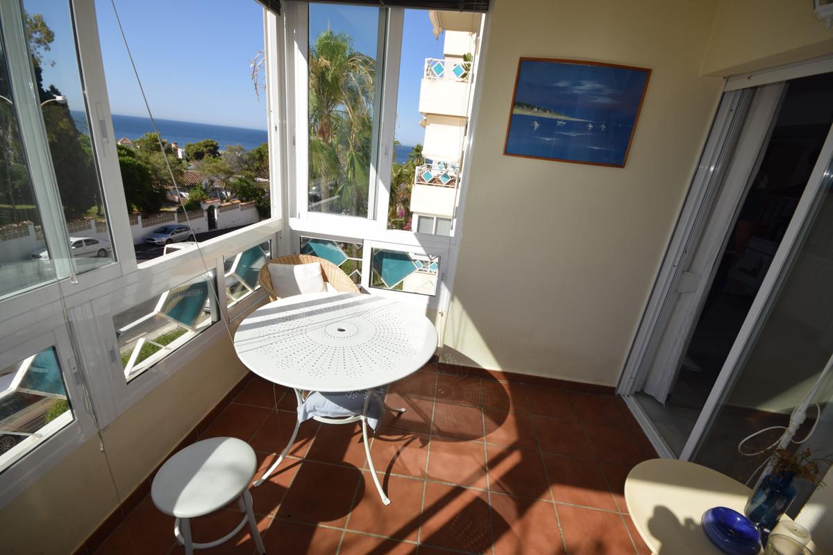 Marbella Banus Medium Floor Apartment for sale in Marbella – R3664013