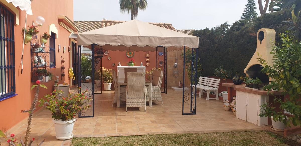 Marbella Banus Pareado en Venta en Atalaya – R3836461