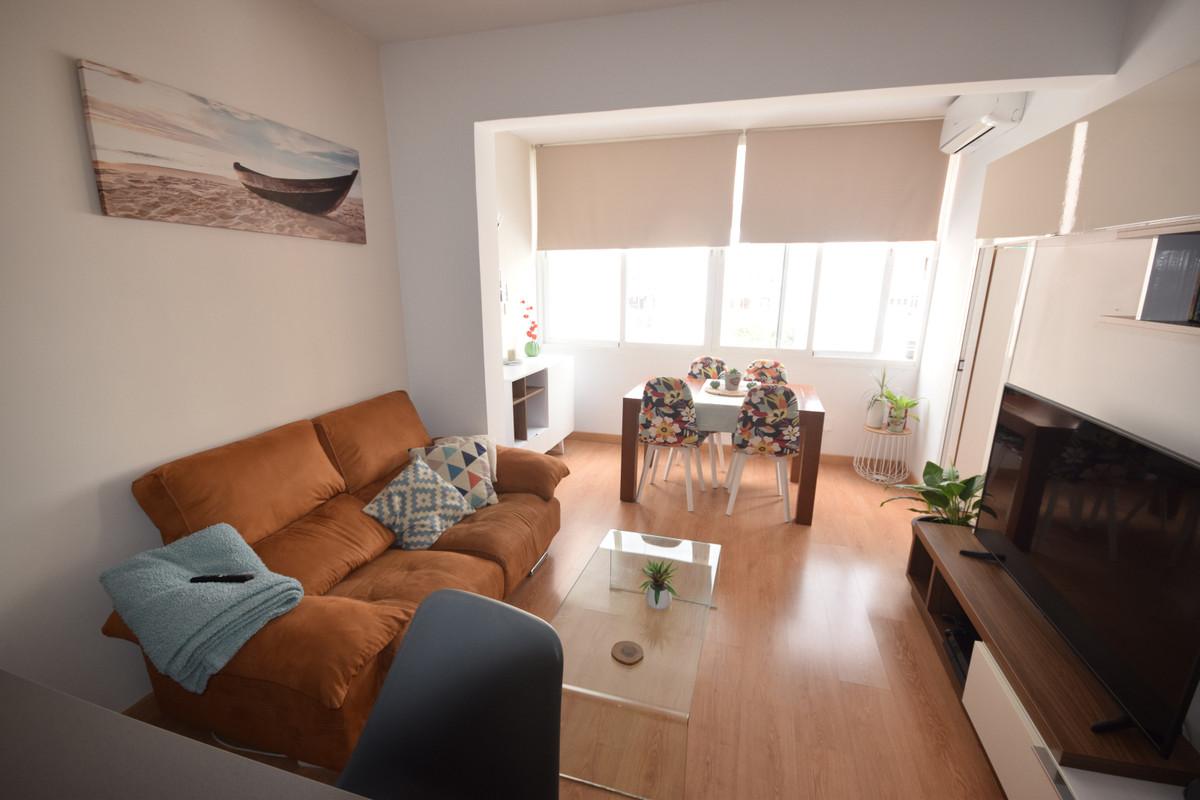 Marbella Banus Apartamento en Venta en Marbella – R3836605