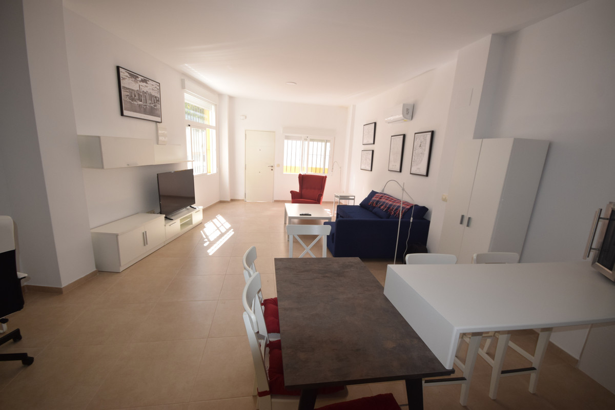 Marbella Banus Apartamento en Venta en Marbella – R3737347
