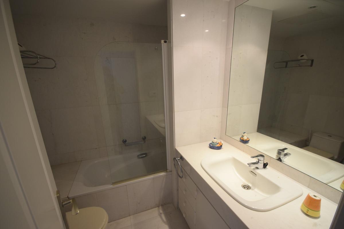 Apartamento en Venta en Puerto Banús – R3699758