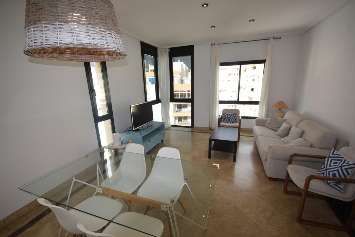 Marbella Banus Apartamento  en Alquiler en Marbella – R3766768