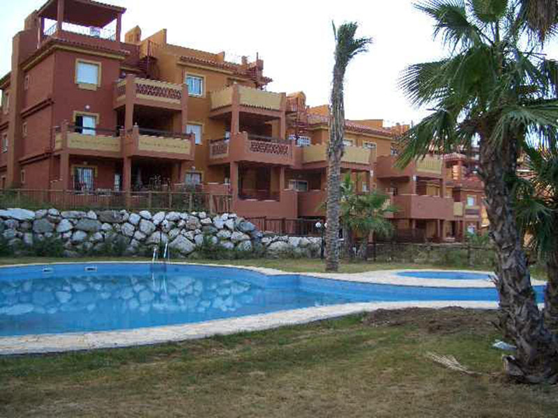 Apartamento Planta Media en Alquiler Vacacional, Marbella – R3575155