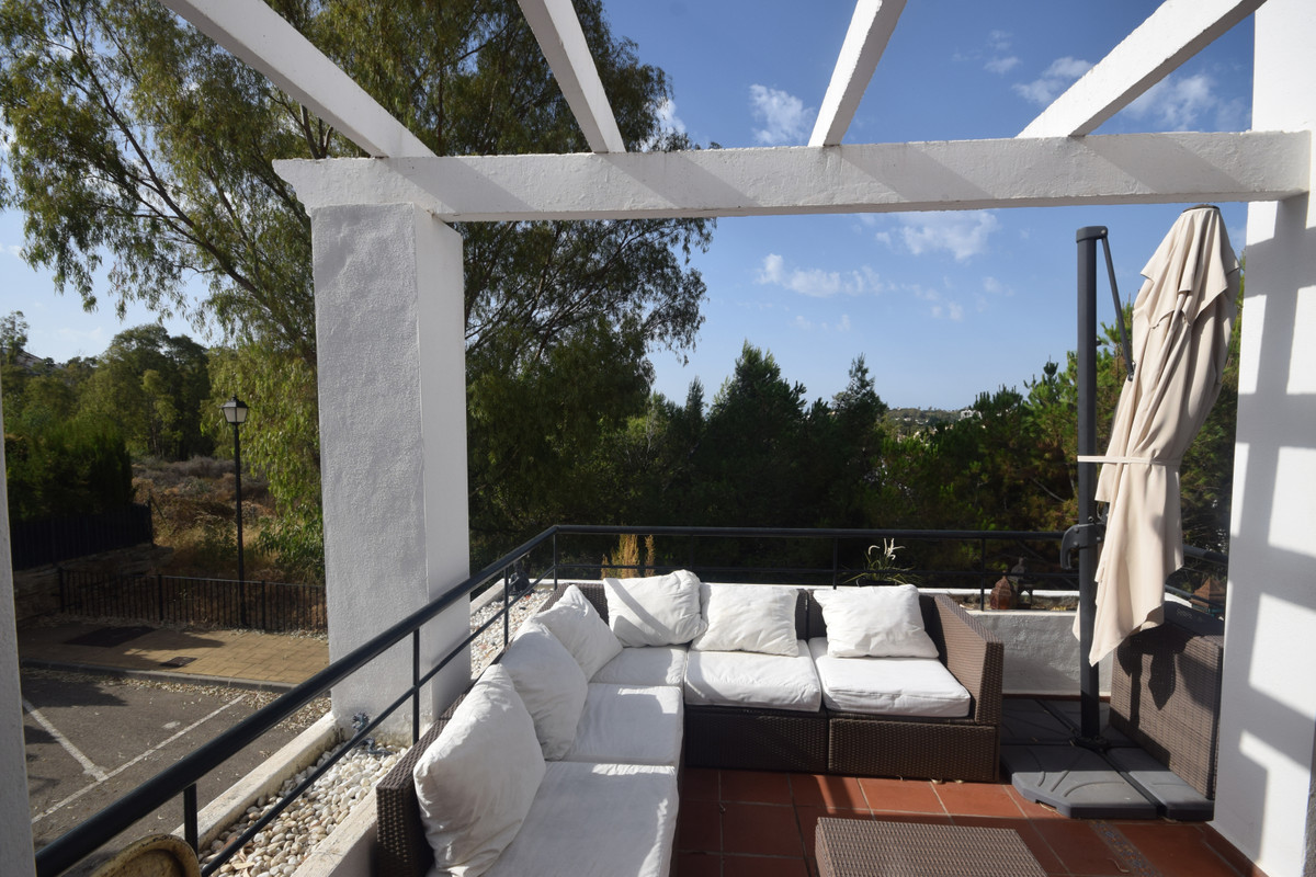 Marbella Banus Penthouse for Holiday Rental in Nueva Andalucía – R3675134