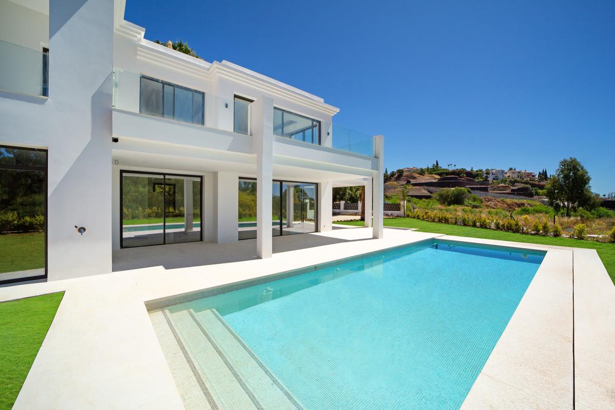 Marbella Banus Villa en Venta en Benahavís – R3829807