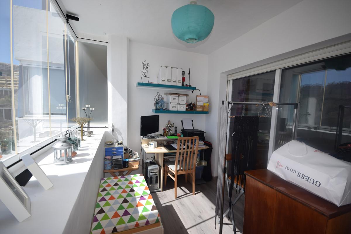 Apartamento en Venta en Calahonda – R3672170