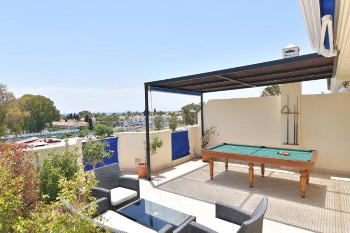 Marbella Banus Penthouse à vendre à Puerto Banus – R3710792