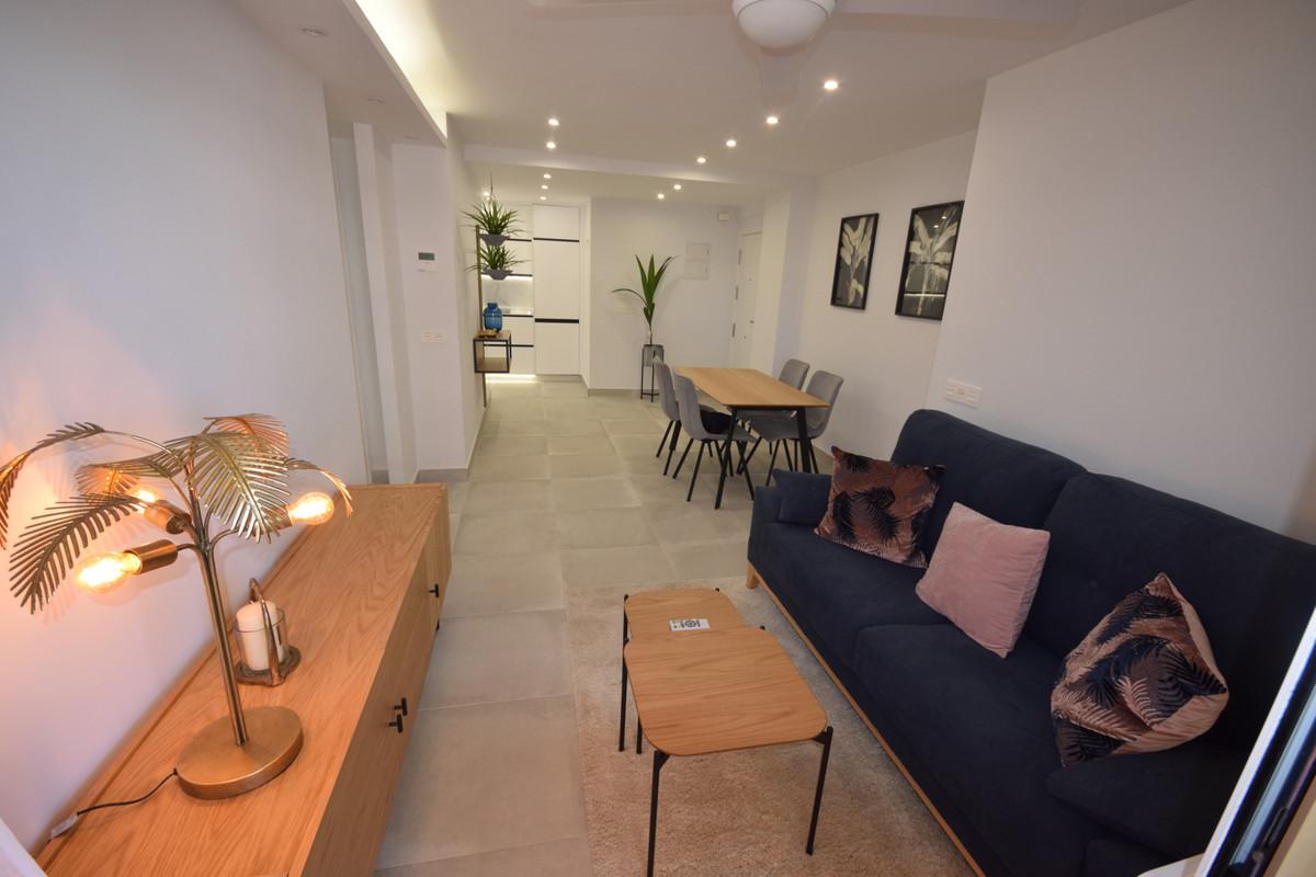 Marbella Banus Apartamento en Venta en Marbella – R3879061