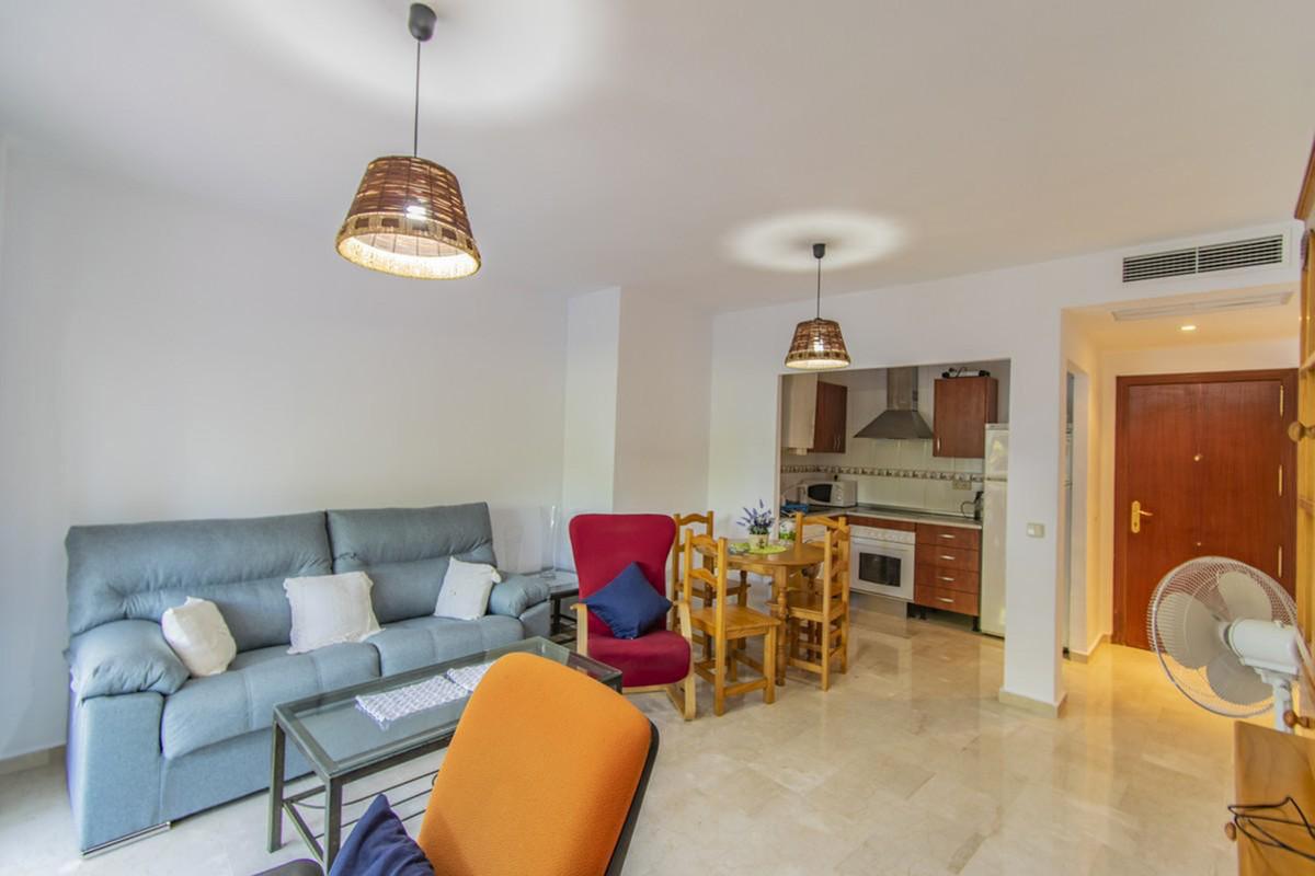 Wohnung zu verkaufen in New Golden Mile – R3765778