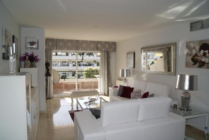 Appartement à louer à Guadalmina Alta – R2155073