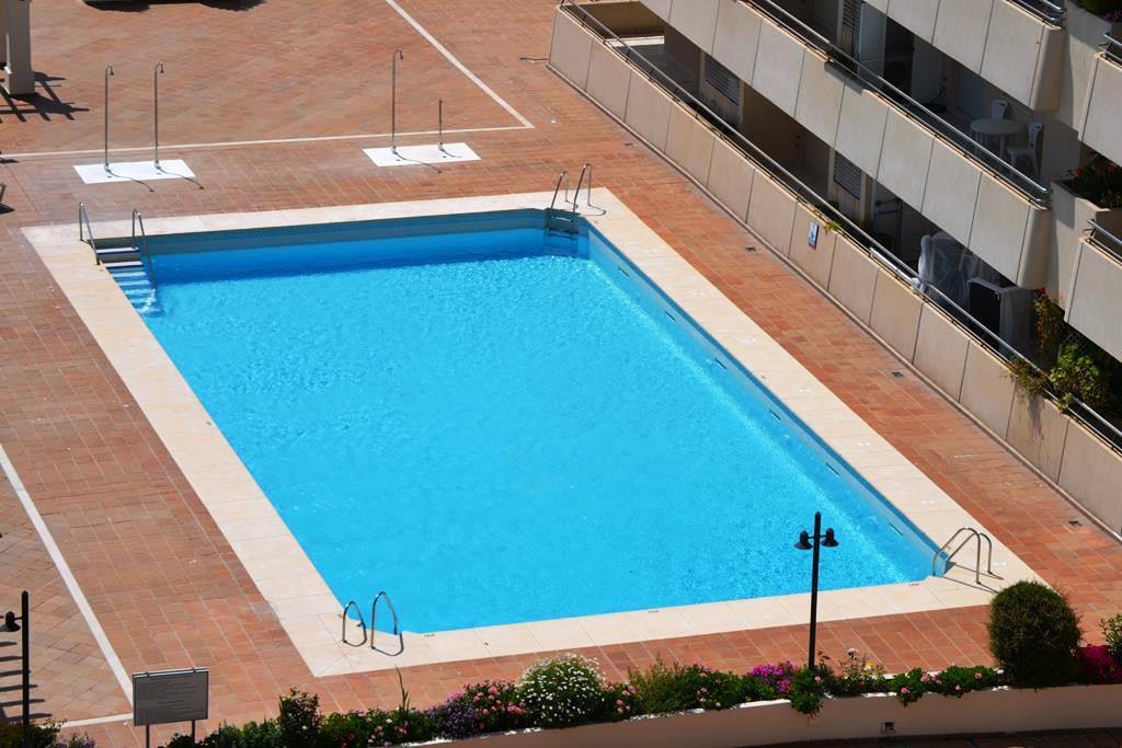Marbella Banus Apartamento en Alquiler Vacacional en Marbella – R2683337