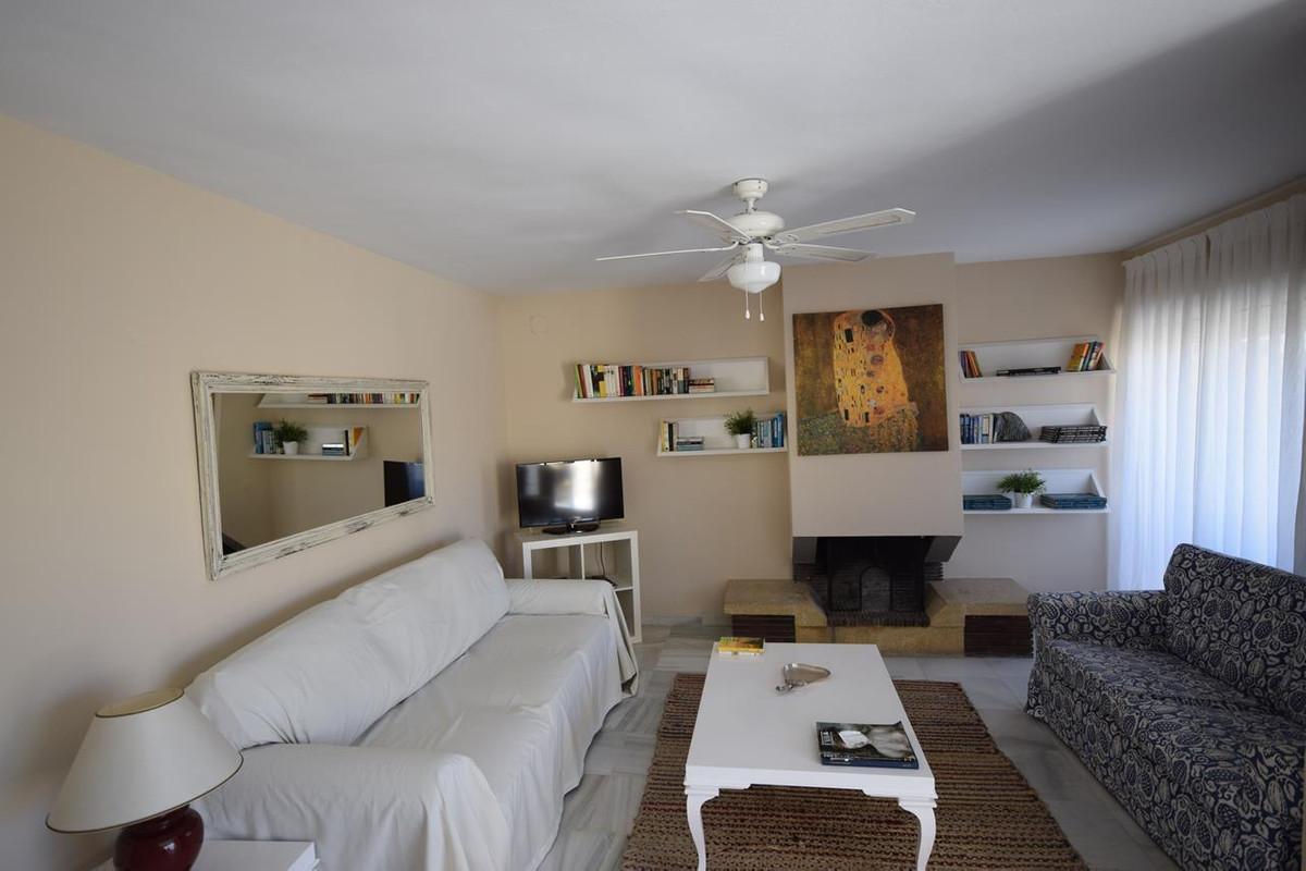 Apartamento en Planta Última  en alquiler en  Marbella, Costa del Sol – R3194398