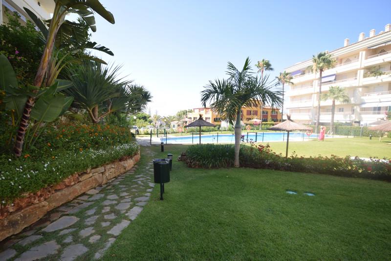 Средний этаж квартира, Marbella – R3675416