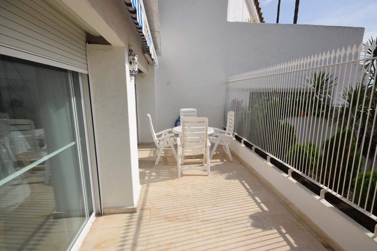 Apartamento en Venta en Río Real – R3712580