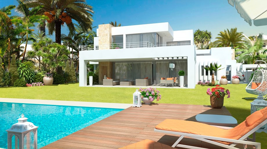 Marbella Banus Villa for Sale in Atalaya – R2680688