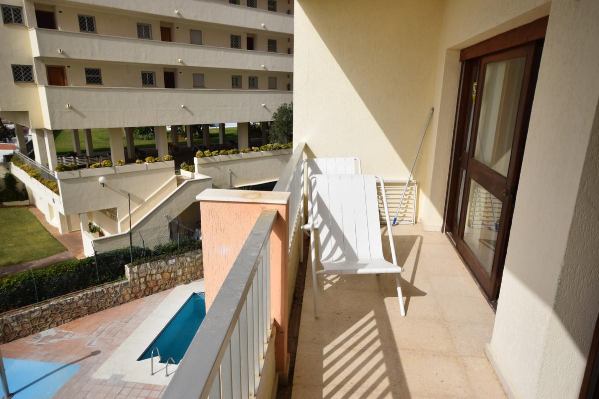 Apartamento Planta Media  en venta en  Marbella, Costa del Sol – R3364048