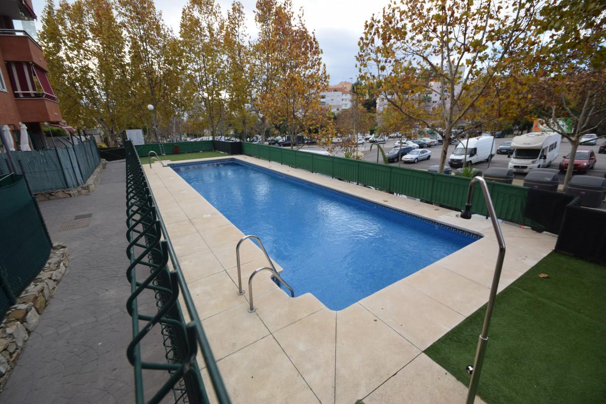 Marbella Banus Apartamento en Venta en Marbella – R3767317