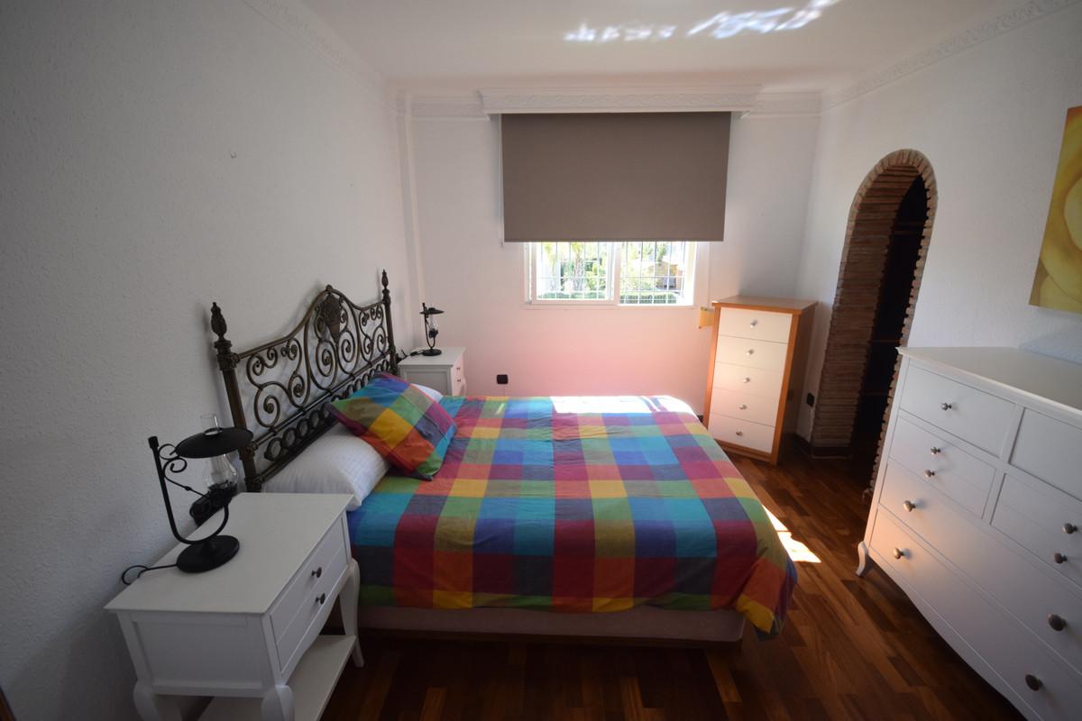 Adosado  en Alquiler en Nueva Andalucía – R3802450