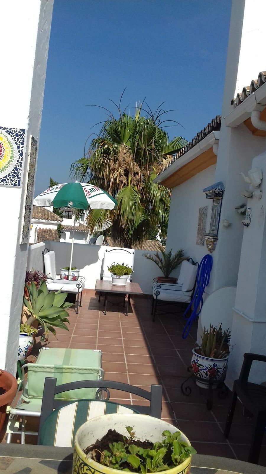 Apartamento en Venta en Nueva Andalucía – R3800488