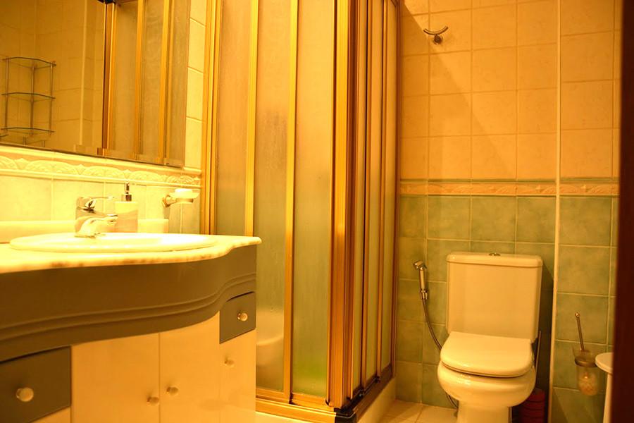 Apartment for Sale in Marbella – R3056785