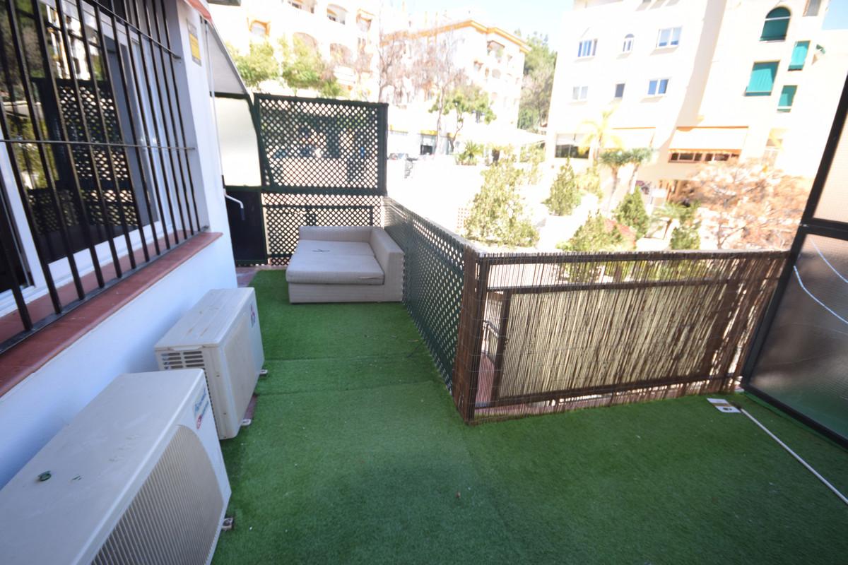 Marbella Banus Apartamento  en Alquiler en Marbella – R3811714