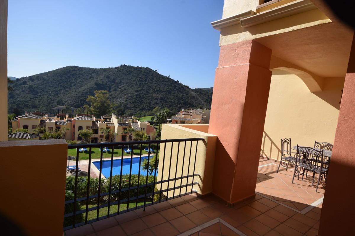 Zwischen Etage Wohnung zu verkaufen in Los Arqueros – R3613187