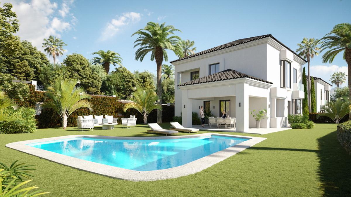Marbella Banus Villa en Venta en Elviria – R3739909