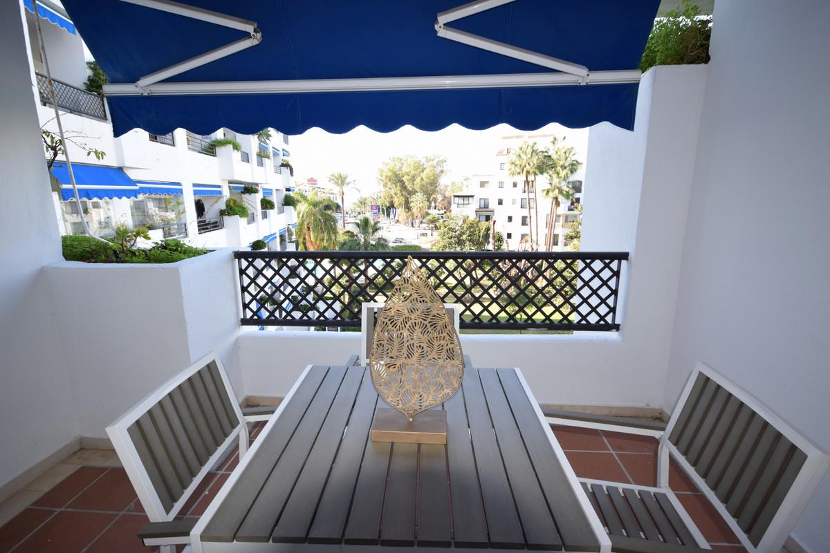 Appartement à louer à Puerto Banus – R3616343