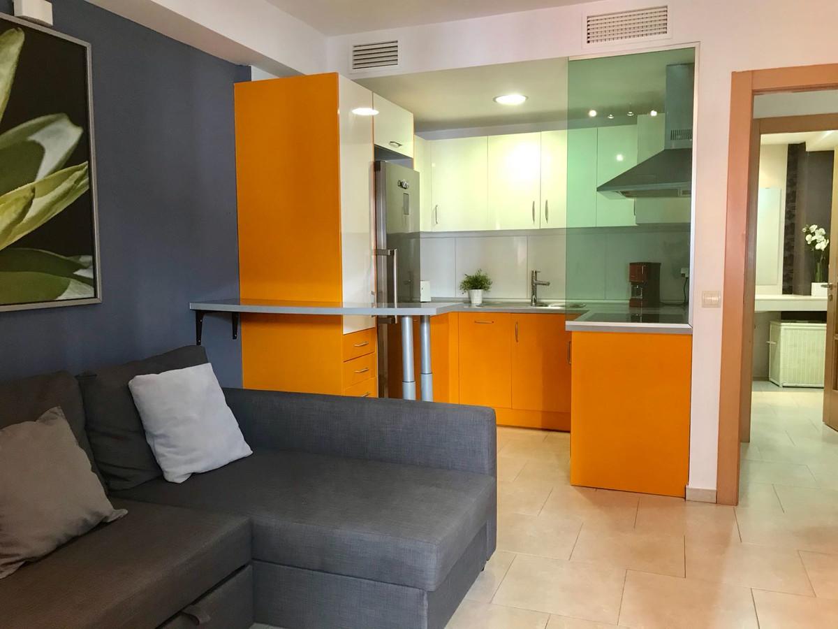 Marbella Banus Apartamento en Venta en San Pedro de Alcántara – R3645710