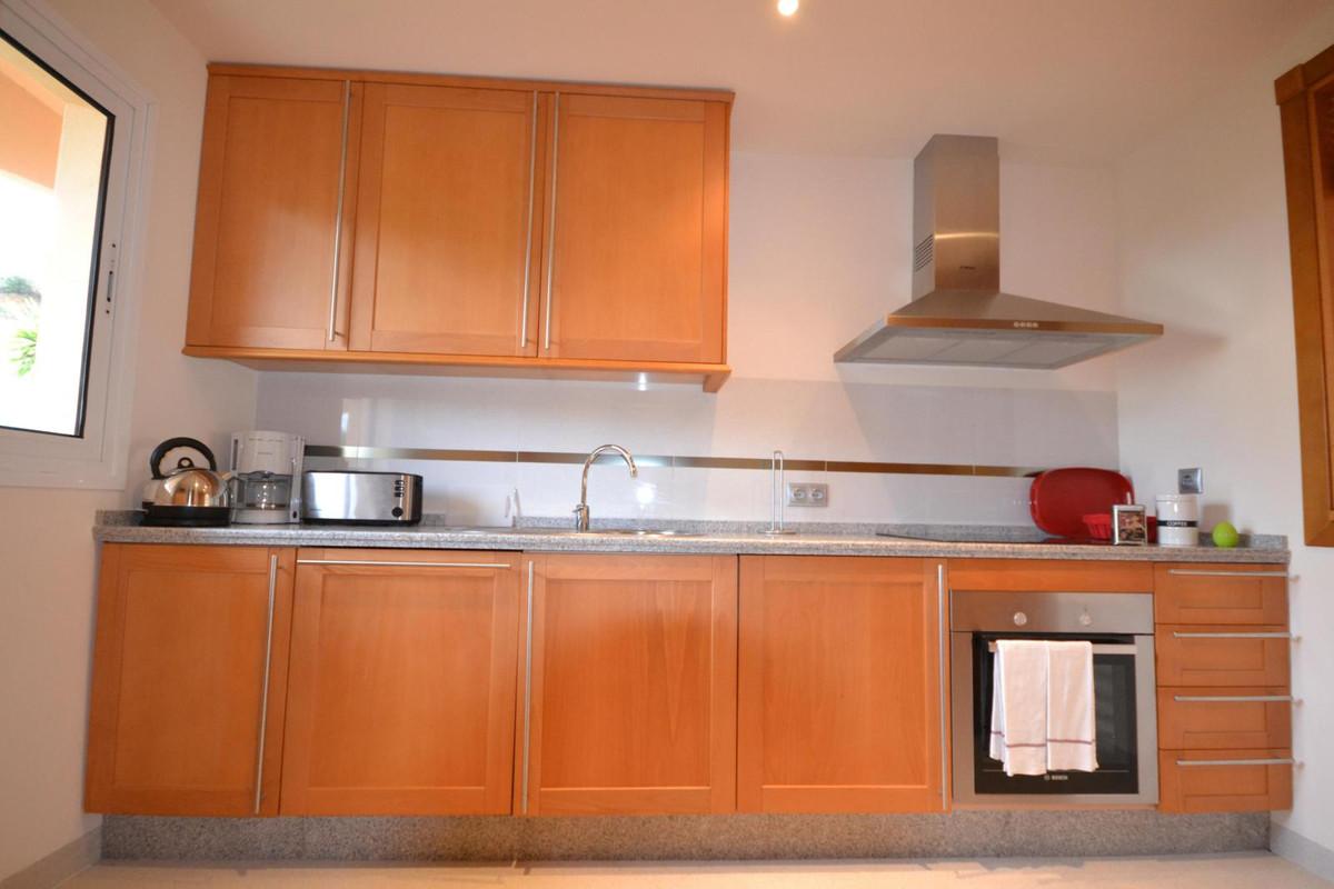 Apartamento Planta Baja  en venta en  Puerto Banús, Costa del Sol – R2586182