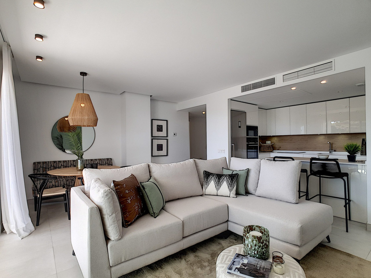 Ground Floor Apartment  for sale in  Altos de los Monteros, Costa del Sol