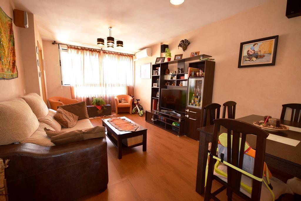 Apartamento Planta Media  en venta en  Marbella, Costa del Sol – R3056152