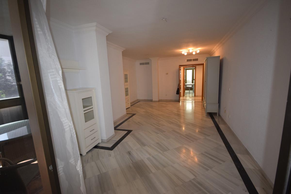 Квартира в аренду в Марбелье - R3719096