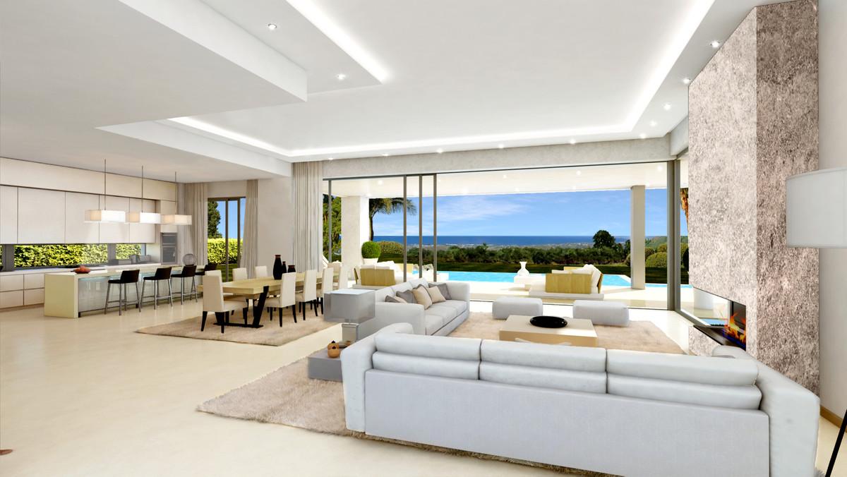Marbella Banus Villa en Venta en The Golden Mile – R3608507