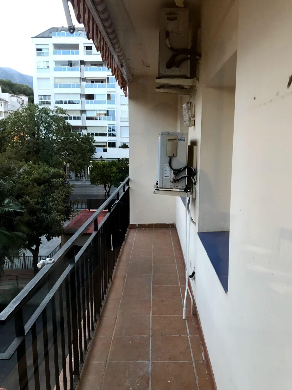 Marbella Banus Apartamento en Venta en Marbella – R3881317