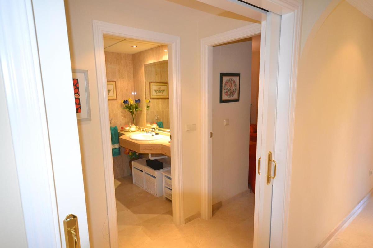 Apartamento Planta Baja  en venta en  Elviria, Costa del Sol – R2739053