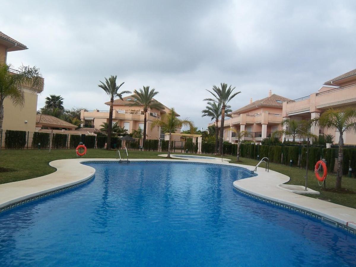Marbella Banus Apartamento en Venta en Marbella – R718856