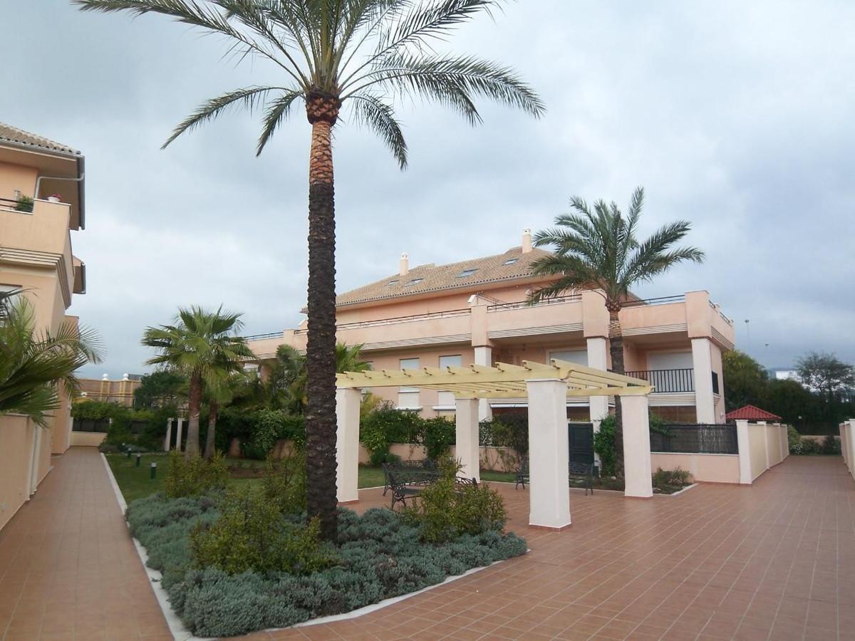 Apartamento en Venta en Marbella – R718856